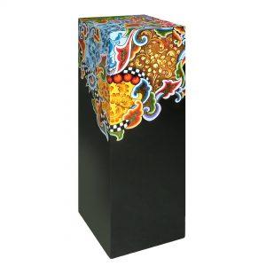 ausgefallene designer-säule, dekorativ, schwarz mit muster
