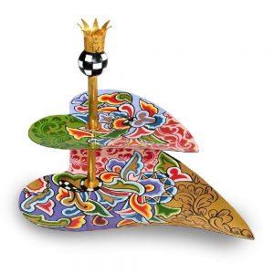ausgefallene designer-etagere herzform, golden bunt mit mustern, zweistöckig mit krone
