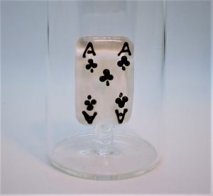 Domglas-Spielkarte-Ass-schwarz-Detail
