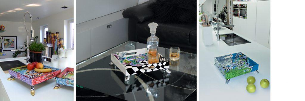buntes Tablett in Küche, silbernes Tablett auf Tisch