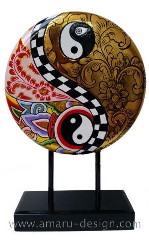 toms-drag-amaru-design-yin-yang
