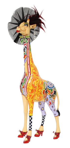 toms-drag-giraffe-effi-m