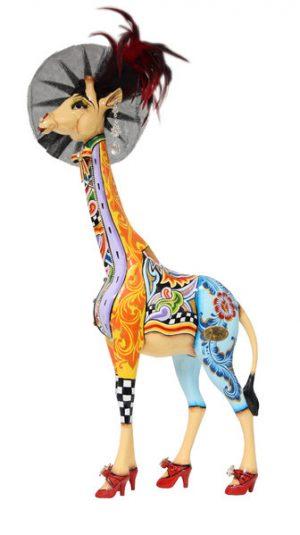 toms-drag-giraffe-effi-s